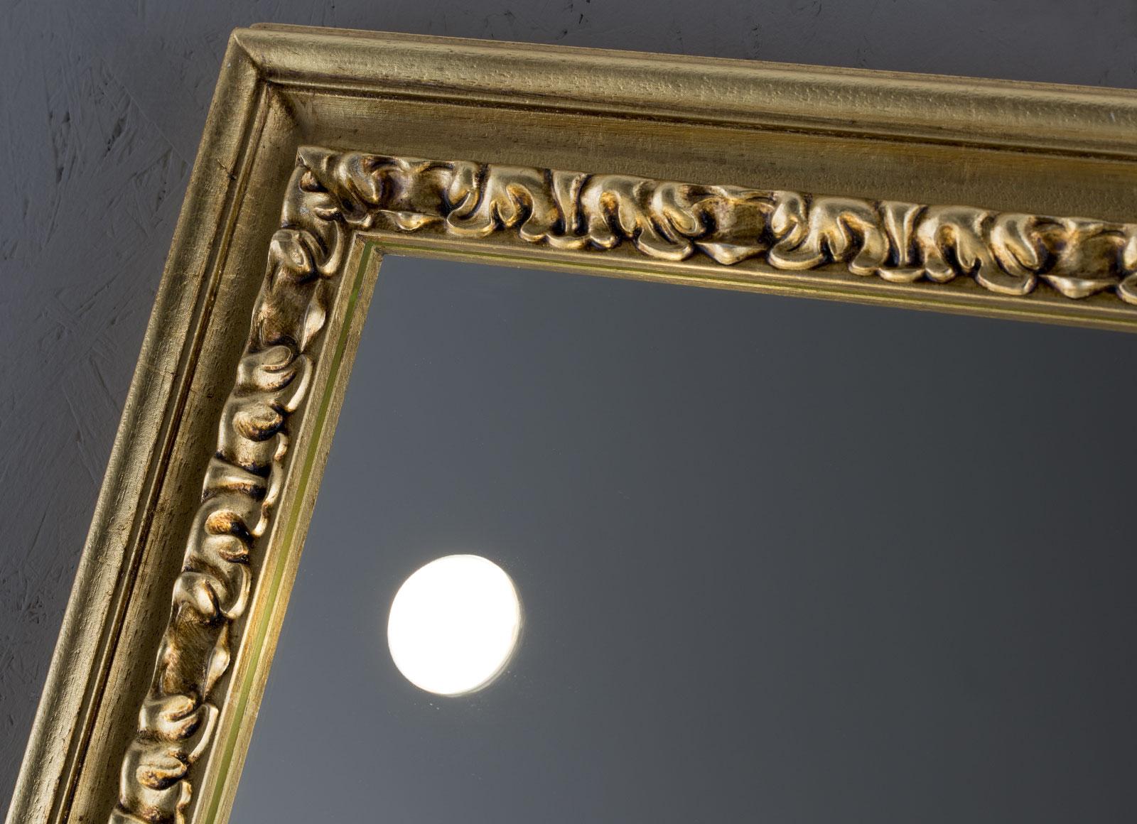 detail-MF-specchi-da-parete-1-hr