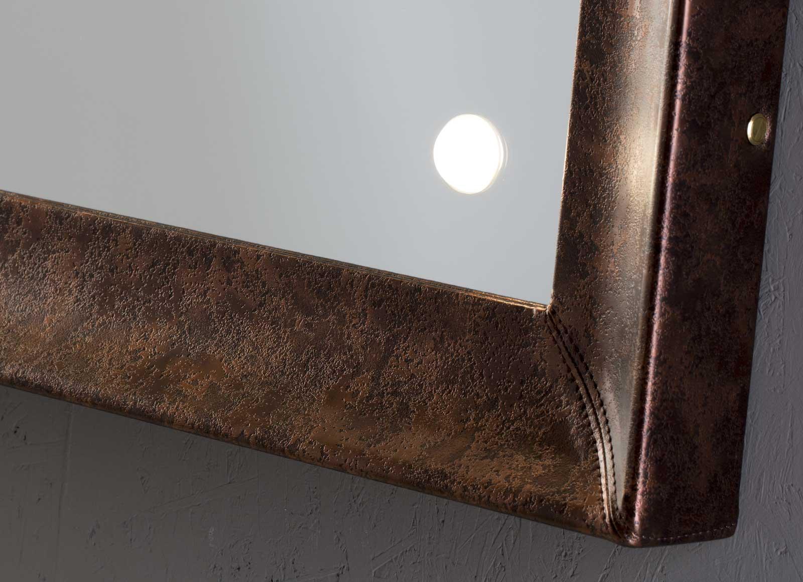detail-MF-specchi-da-parete-2-hr