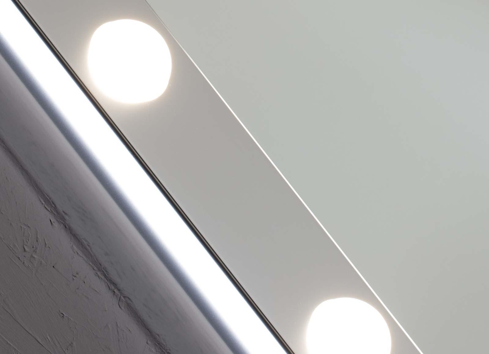 detail-SP-specchi-da-parete-2-hr