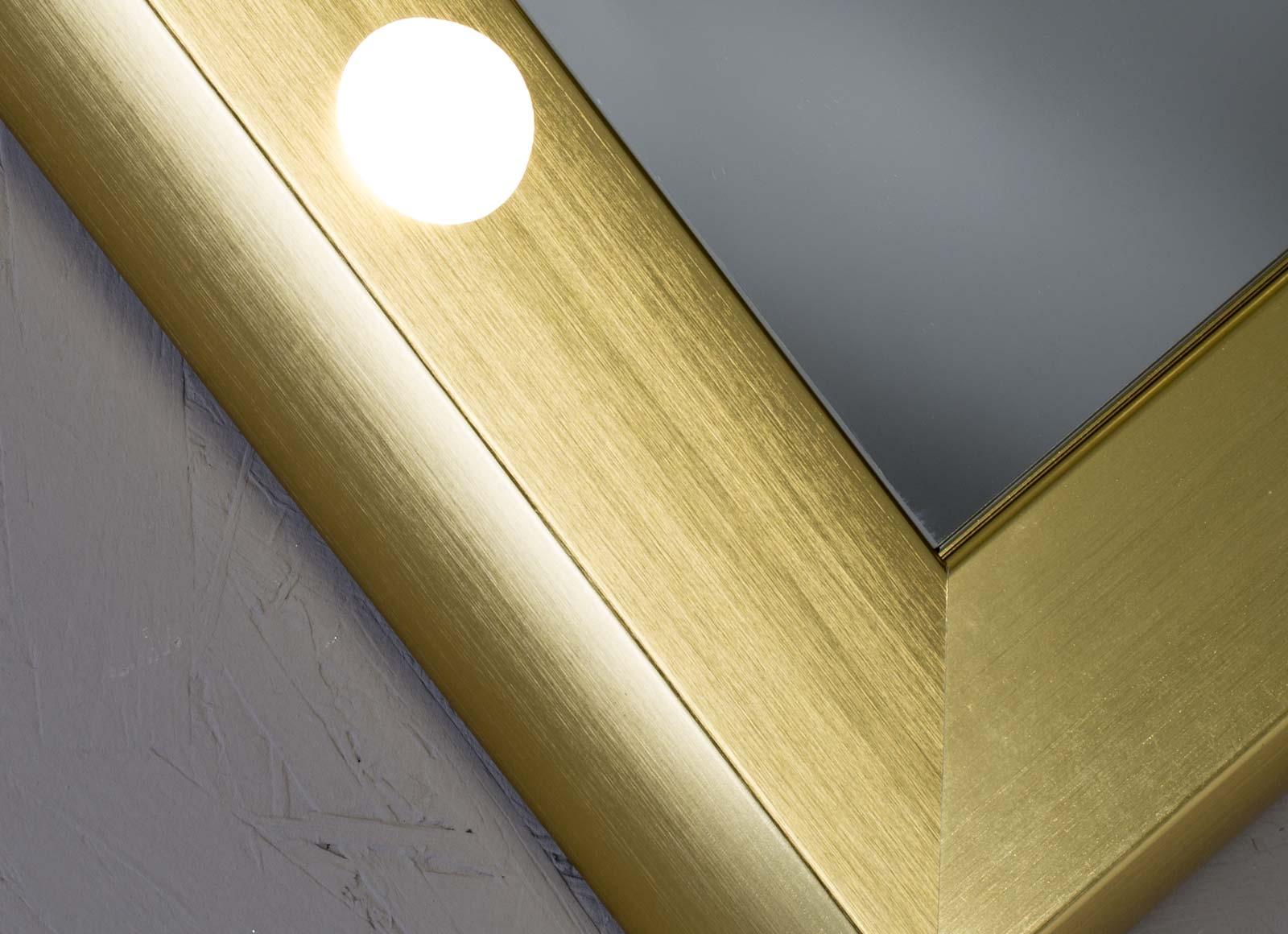 detail-SP-specchi-da-parete-3-hr