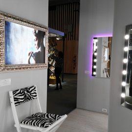 specchi-e-pannelli-retroilluminati-Unica-by-Cantoni-Parigi