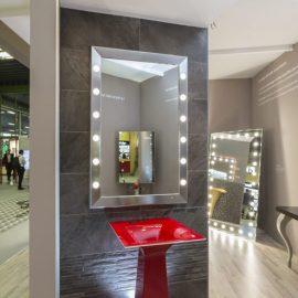 Specchio bagno SP 12 luci I-light con cornice in alluminio anodizzato cromato