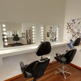 Unica mirrors in the makeup classroom