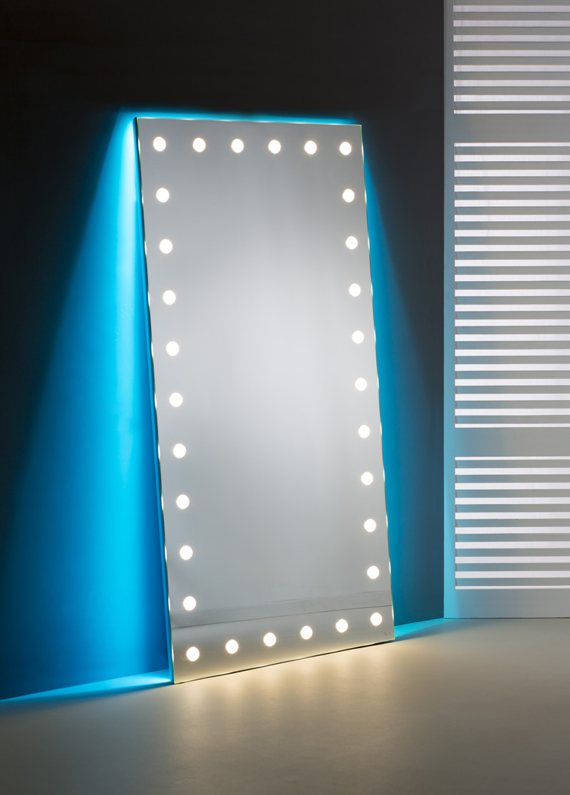 floor lenght mirror with lights and backlight