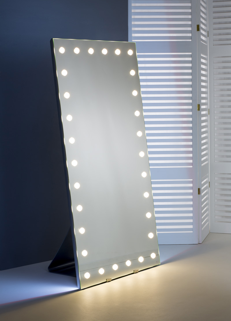 freestanding mirror with lights
