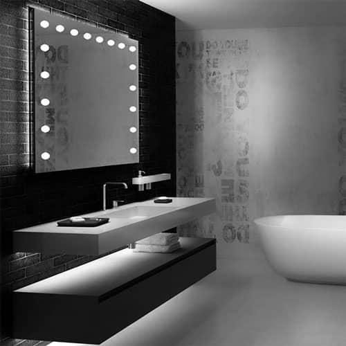 specchio bagno con luci linea MH
